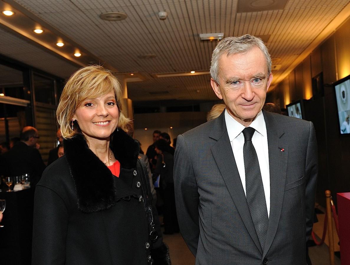 Portrait de Bernard Arnault et son épouse à l'Hôpital American de Paris