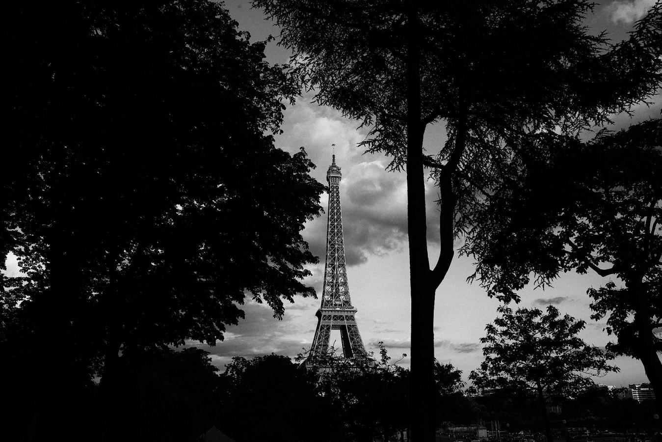 Tour Eiffel en noir et blanc