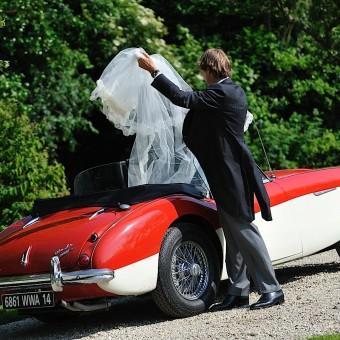 La marié et sa voiture