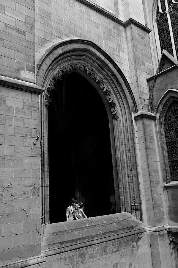 Couple japonais se mariant à l'église américaine de Paris