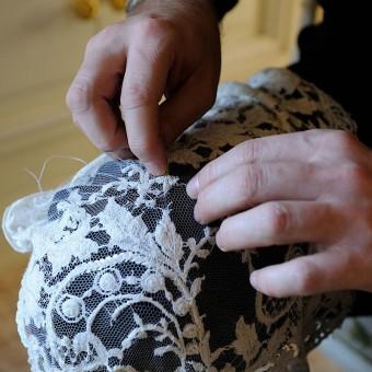 Préparation de la robe parfaite en dernière minute