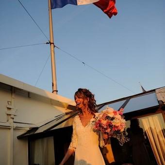 Mariée sur le toit de l'hôtel Crillon